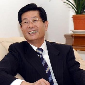 Ли Гучан