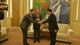 Встреча российской части Комитета с Губерантором провинции Хэйлунцзян Лу Хао